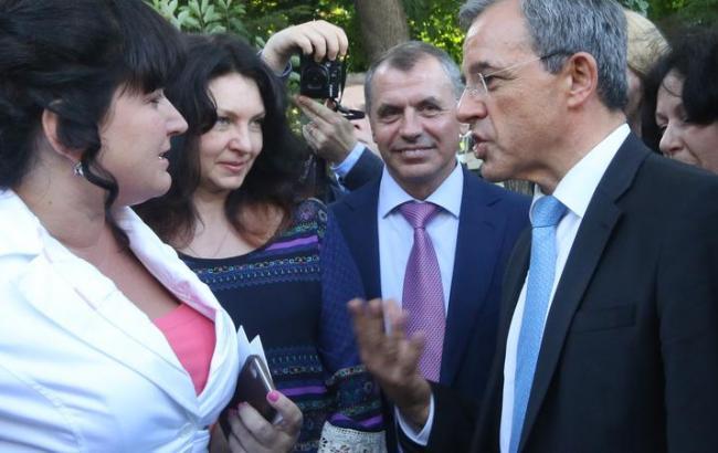 Фото: Італійські депутати в Криму (news-front.info)