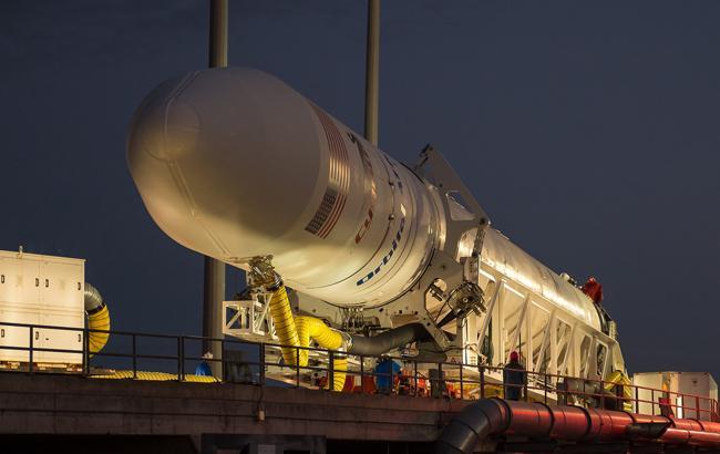 Фото: Ракета Antares (nasa.gov)