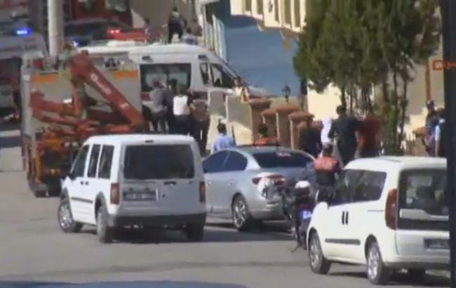 Смертник вТурции подорвал себя: трое полицейских погибли