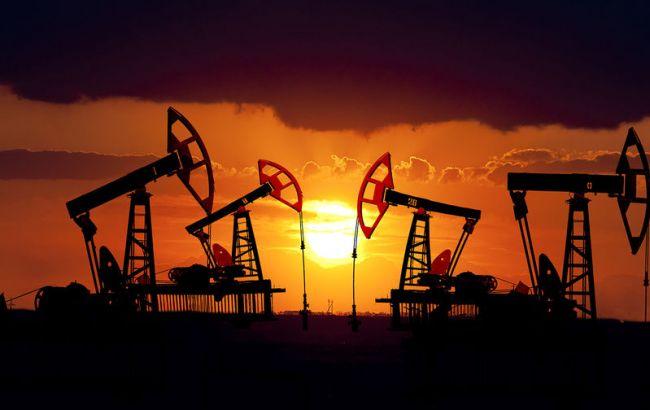 Фото: цена нефти Brent опустилась