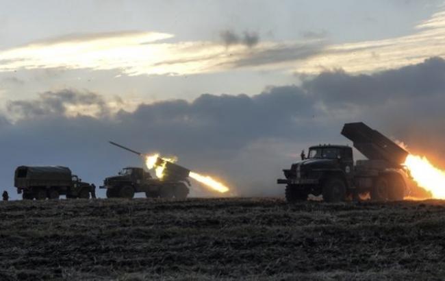"""Фото: боевики обстреляли силы АТО из """"Градов"""""""