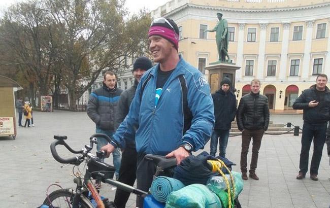 Фото: Велосипедист Руслан Верин (1tv.od.ua)