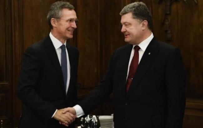 Фото: Порошенко и  Столтенберг встретятся сегодня во Львовской обл