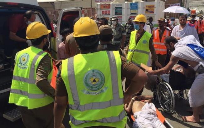 Фото: количество жертв давки на хадже продолжает расти