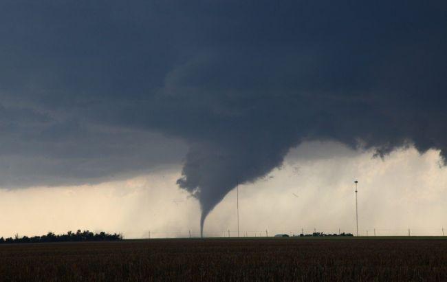 Фото: торнадо в Італії