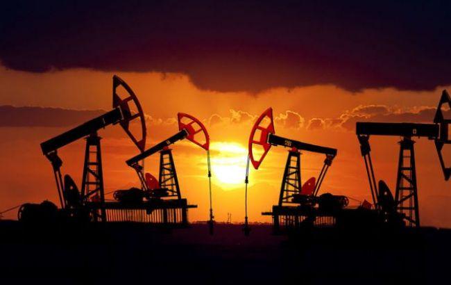 Фото: нефть сегодня подешевела