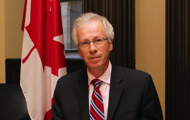Фото: министр иностранных дел Канады Стефан Дион выступает за сохранение санкций против РФ