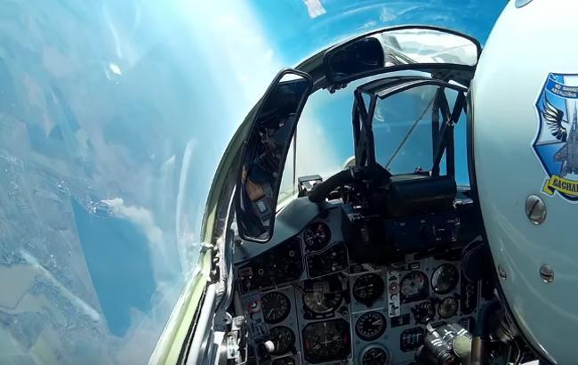 Фото: Політ на винищувачі Міг-29 ВСУ (Скріншот)