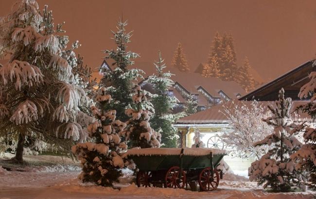 Фото: Вечер в Буковеле 12 ноября (bukovel.com)