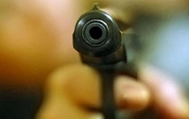 ВРовенской обл. входе стрельбы пострадал работник сервисного центра МВД