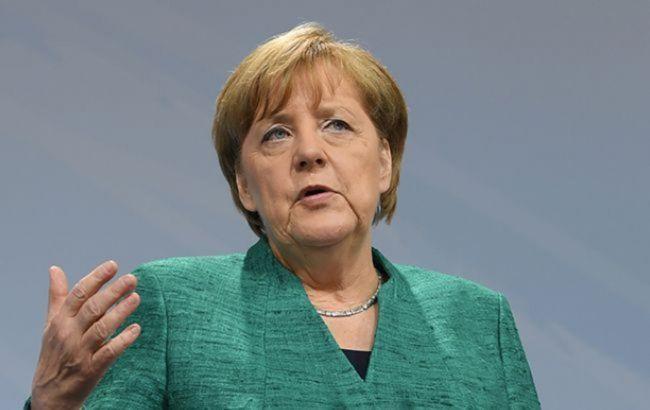 """Меркель: Європа """"на тонкому льоду"""" через коронавірус """"Дельта"""""""