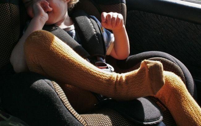 Кабмин изменил правила перевозки детей в авто: список нововведений