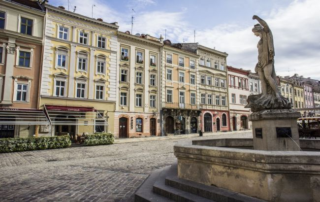 Нарушающим карантин заведениям во Львове пригрозили закрытием