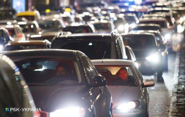 Киев остановился в пробках: ситуация на дорогах столицы