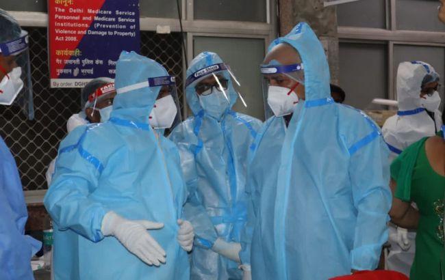 В Індії зафіксували новий антирекорд за кількістю нових випадків COVID