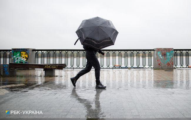 На Київ насувається гроза, можливий град