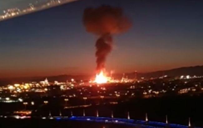 """Камеры наблюдения """"поймали"""" момент взрыва на заводе в Испании"""