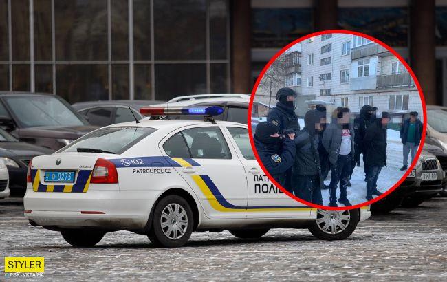"""В Украине повязали мошенников, которые продавали """"евробляхи"""": видео задержания"""