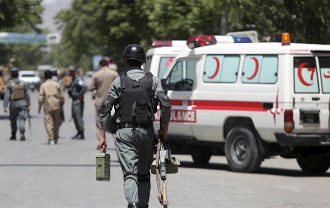 В Афганістані в мечеті прогриміли вибухи, 17 осіб загинули