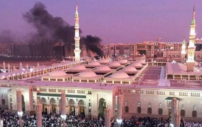 Фото: в Саудовской Аравии террористы-смертники подорвались у мечетей