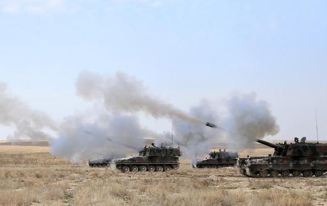 Фото: Туреччина завдала кілька артударів за ІДІЛ в Сирії