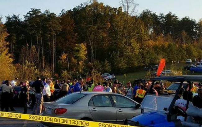 Фото: в штате Виржиния более 20 человек пострадали в результате наезда