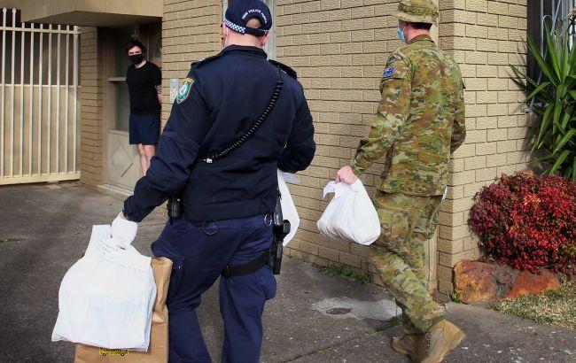 В Сиднее военных врачей привлекут к вакцинации населения