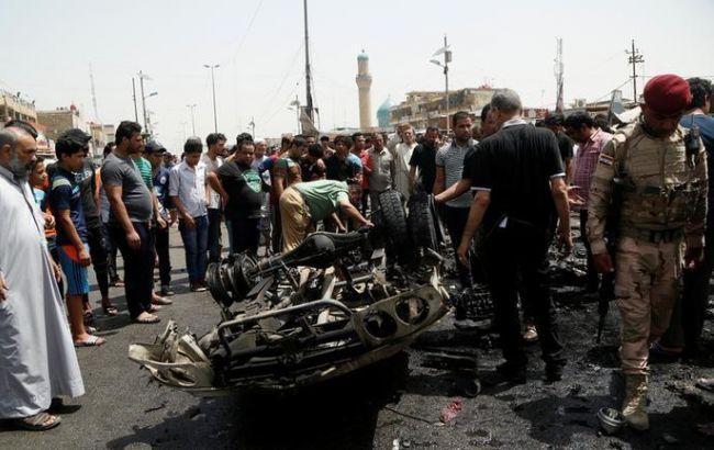 Фото: в Багдаде взорвался автомобиль