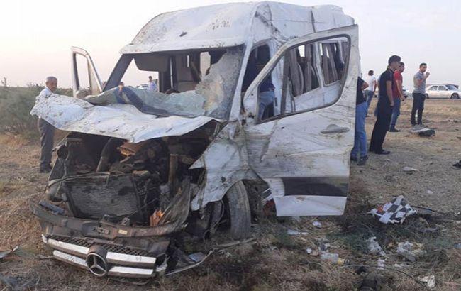В Азербайджані в результаті ДТП постраждали майже 20 осіб