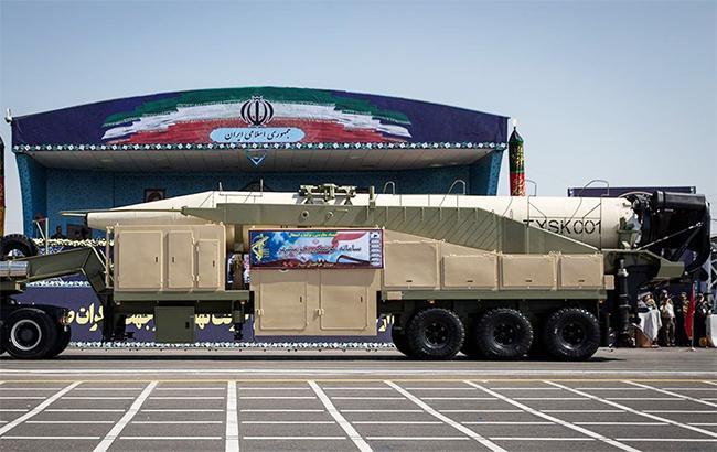 Фото: иранская баллистическая ракета (министерство обороны Ирана)