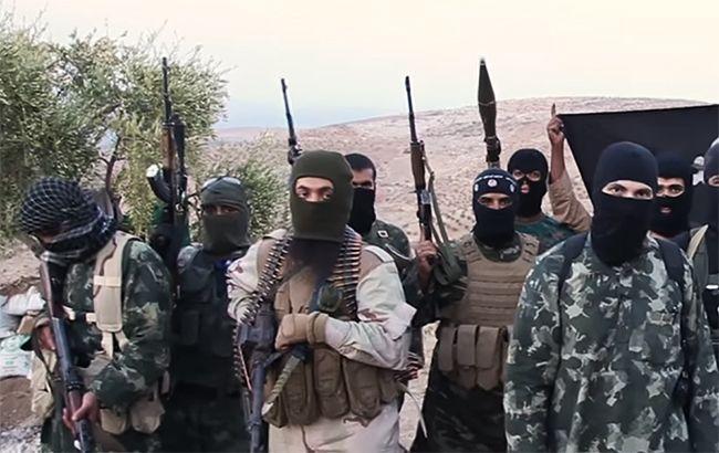 Армії Асада вдалося прорвати облогу міста Дейр-ез-Зора