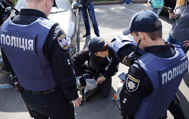 В Киеве троллейбус врезался в авто полиции