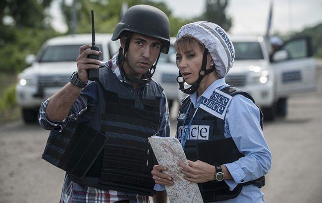 На блокпості у Горлівці бойовики примусово обшукали автомобіль місії ОБСЄ