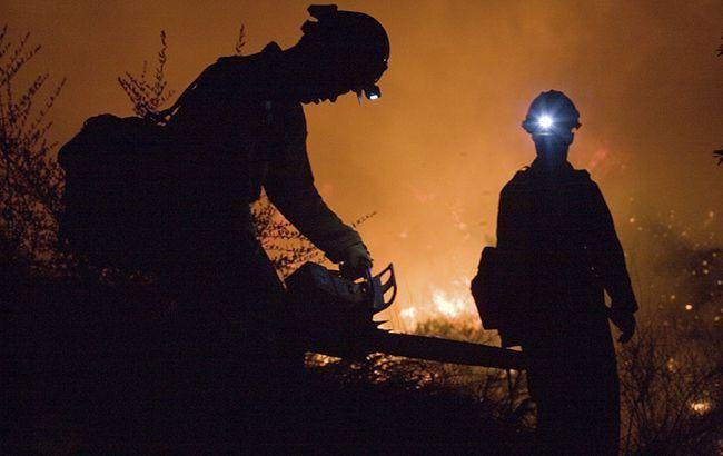 У Києві горять будинки у приватному секторі