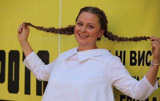 """Звезда украинских сериалов рассказала об отношении к женским тренингам: """"беру и делаю"""""""
