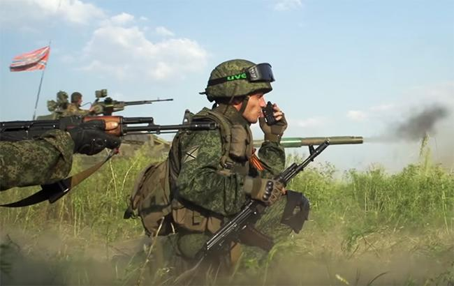Фото: боевики на Донбассе (YouTube screenshot)