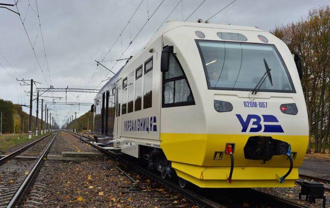 """Списання вагонів за віком: """"Укрзалізниця"""" запропонувала компромісний варіант"""