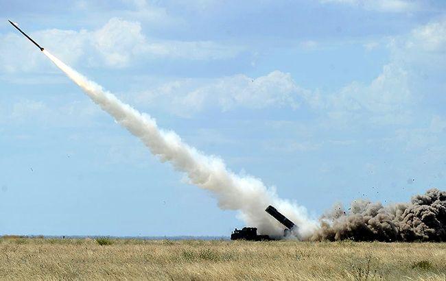 Біля Криму проходять навчальні ракетні стрільби