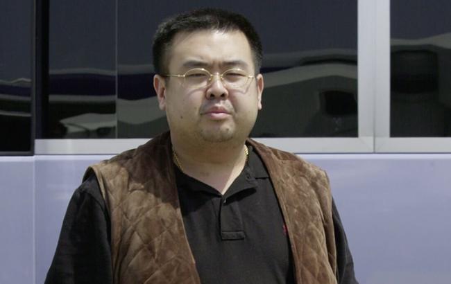 Фото: убитий брат Кім Чен Ина - Кім Чен Нама