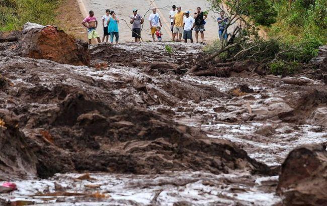 Число жертв прорыва дамбы в Бразилии возросло до 165