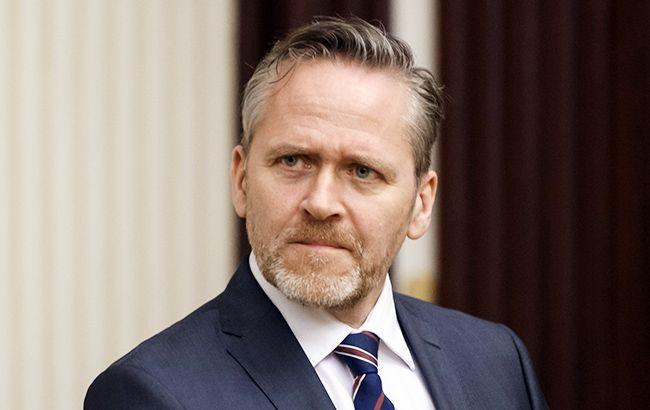 Глава МЗС Данії скасував візит до Києва через погоду
