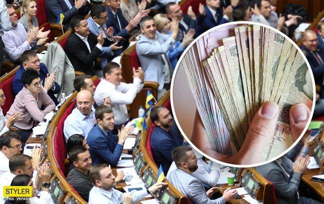 """Это манипуляция: в """"Слуге народа"""" высказались о повышении зарплат депутатам"""