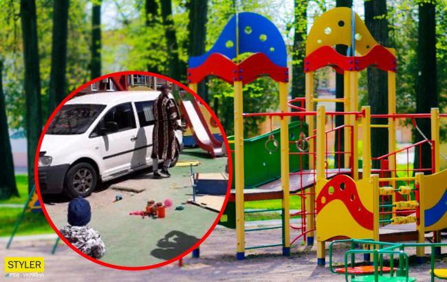 Дети чудом успели отскочить: вКиеве автохам припарковался прямо на детской площадке (фото)