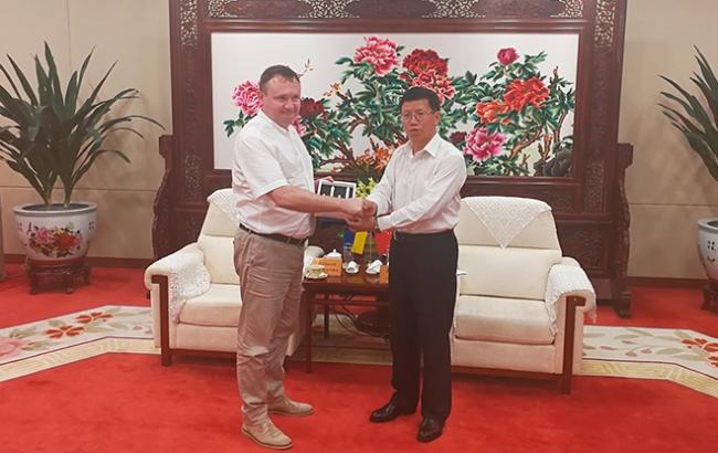 Україна має намір співпрацювати з Китаєм у програмі дослідження Місяця і Марса