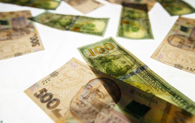 Межбанк закрылся ростом курса доллара