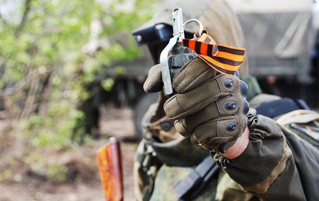 Фото: проросійський бойовик на Донбасі (facebook.com/abazia)