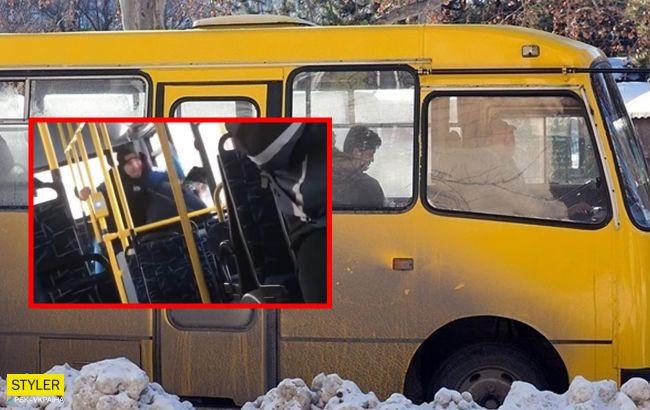 У Запоріжжі в автобусі пограбували і побили пенсіонера у всіх на очах (відео)