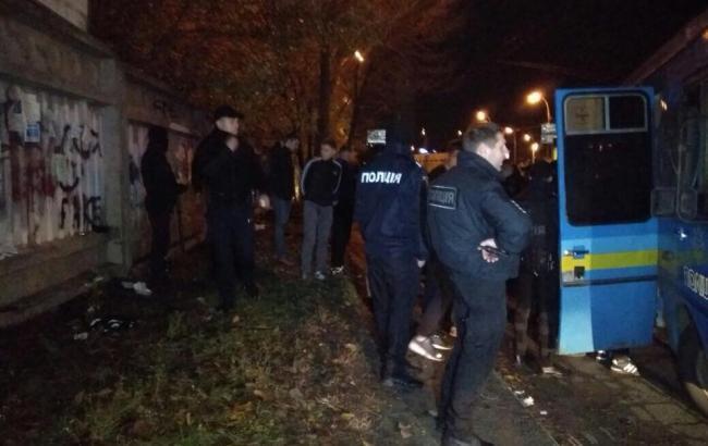 Масова бійка у Києві: поліція затримала 79 осіб