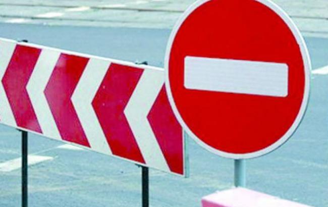 Взрывы в Черниговской области: запрещено движение транспорта на дорогах