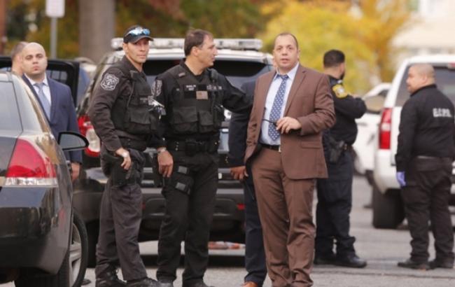 Фото: в штате Нью-Джерси неизвестный зарезал троих человек
